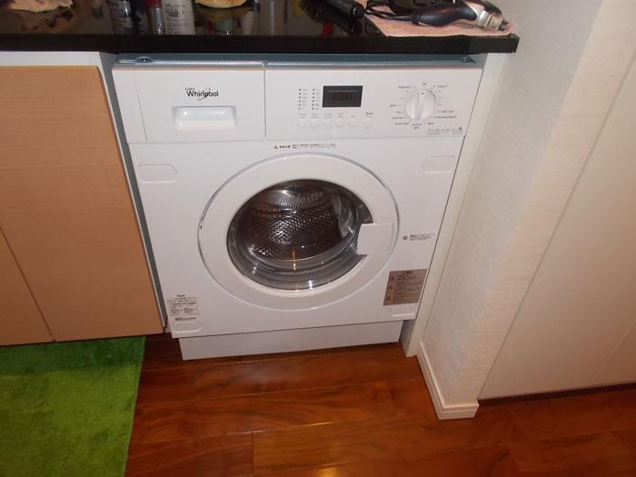 2017/08/05 東京都中央区 洗濯乾燥機交換工事(ワールプール:AWI74140JA)